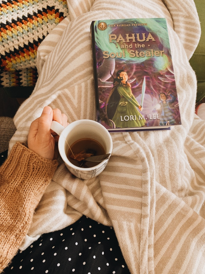 Pahua and the Soul Stealer by Lori M Lee // BookReview